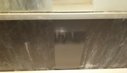 ユニットバスアクリル樹脂壁面研磨再生テスト施工