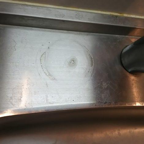 キッチンステンレスシンクの小傷とシミ、水垢を磨いて再生