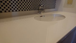 人工大理石洗面天板研磨